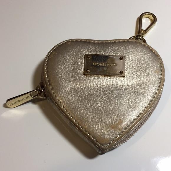 230af09c9776 Michael Kors coin leather wallet Gold Heart❤️shape.  M 5a57e66945b30c0c500024e0